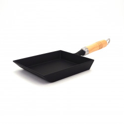 IWACHU Japanese cast iron square pan for omelette tamagoyaki