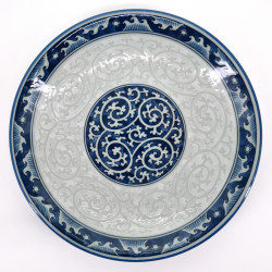 japanese round plate in ceramic, KARAKUSA SEIGAIHA, waves