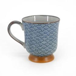 Tazza tradizionale giapponese con motivi ondulati colore ceramica blu SEIGAIHA KÔDAI