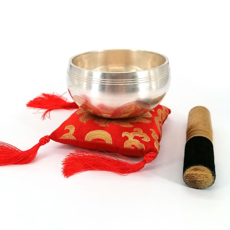 Clear Tibetan bowl with mantra 9 cm