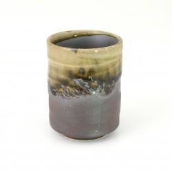 tasse verte japonaise à thé en céramique 372606578