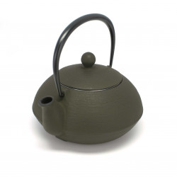 Japanese cast iron teapot. IWACHU. HAKEME antic brown. 0.65lt