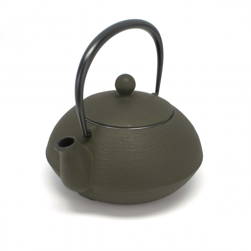 Japanese cast iron teapot. IWACHU. HAKEME antic brown. 0.65lt
