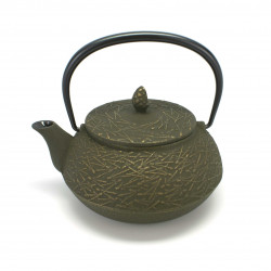 Japanese cast iron teapot. IWACHU. HAKEME brown Matsuba. 0.65lt
