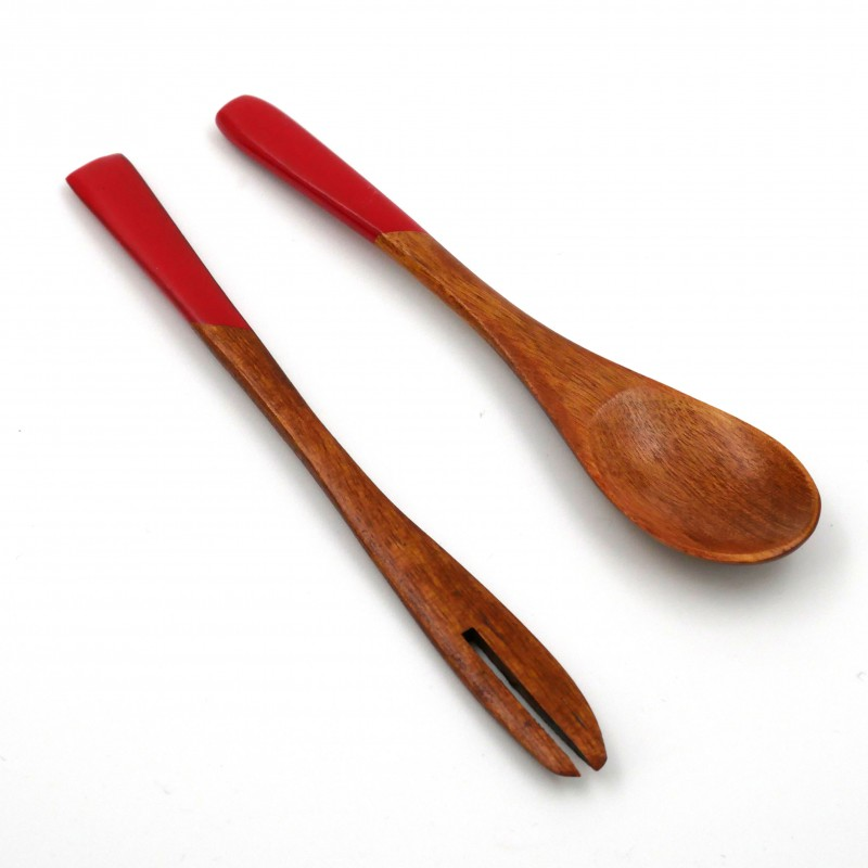 red wooden duo spoon - fork in Japanese for dessert