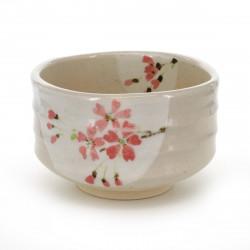 bol à thé traditionnel japonais avec motifs fleurs roses SAKURA HANGETSU