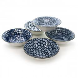 set de 5 bols traditionnels japonais avec motifs de fleurs couleur bleu et blanc en porcelaine SHIMITSU
