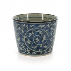 tasse soba traditionnelle japonaise avec motifs bleus couleur blanche en céramique TAKO KARAKUSA
