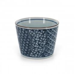 tasse soba traditionnelle japonaise avec motifs bleus couleur blanche en céramique SHONZUI